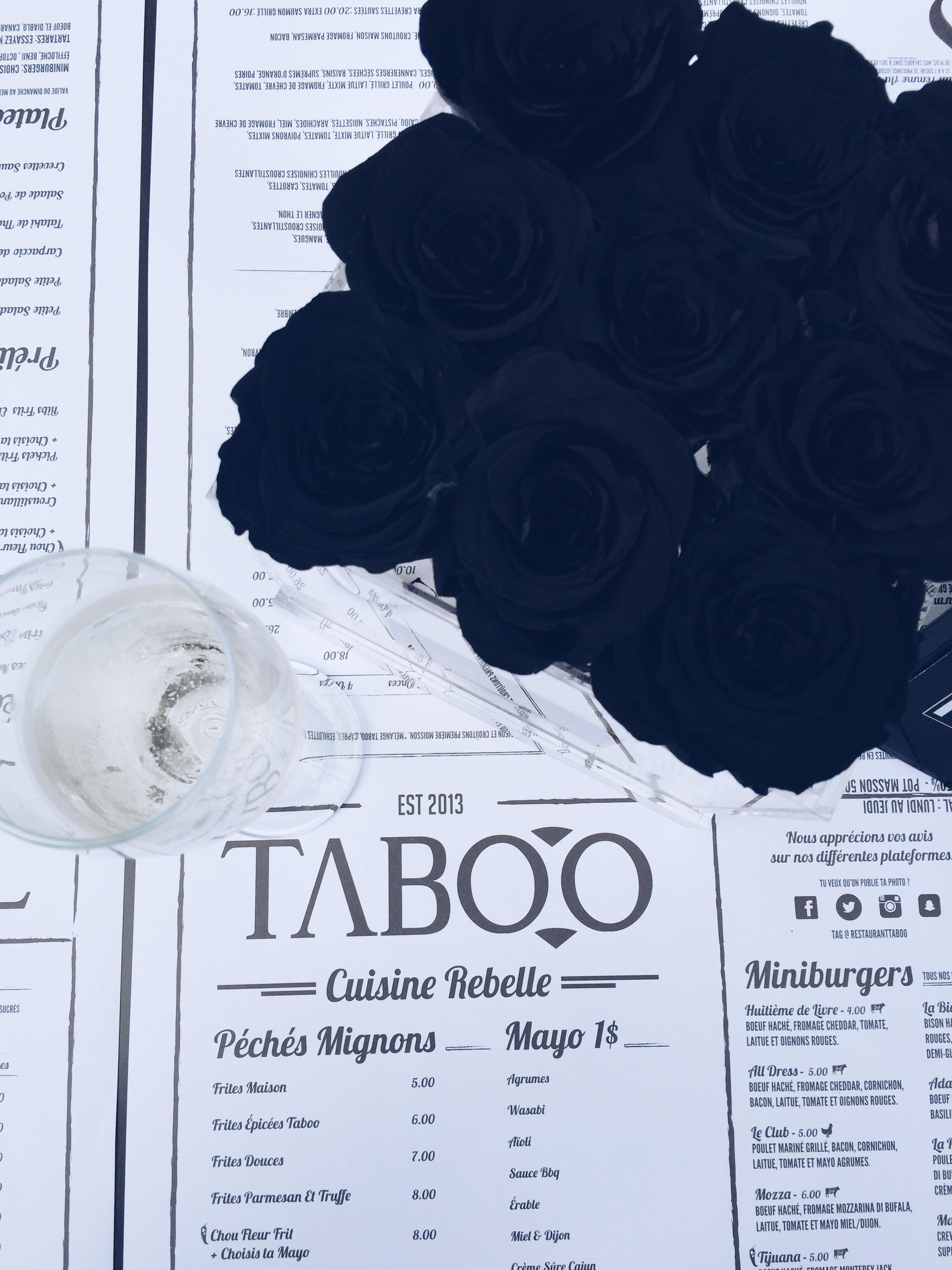 L'ouverture de la terrasse du restaurant Taboo au centre-ville de Montréal.
