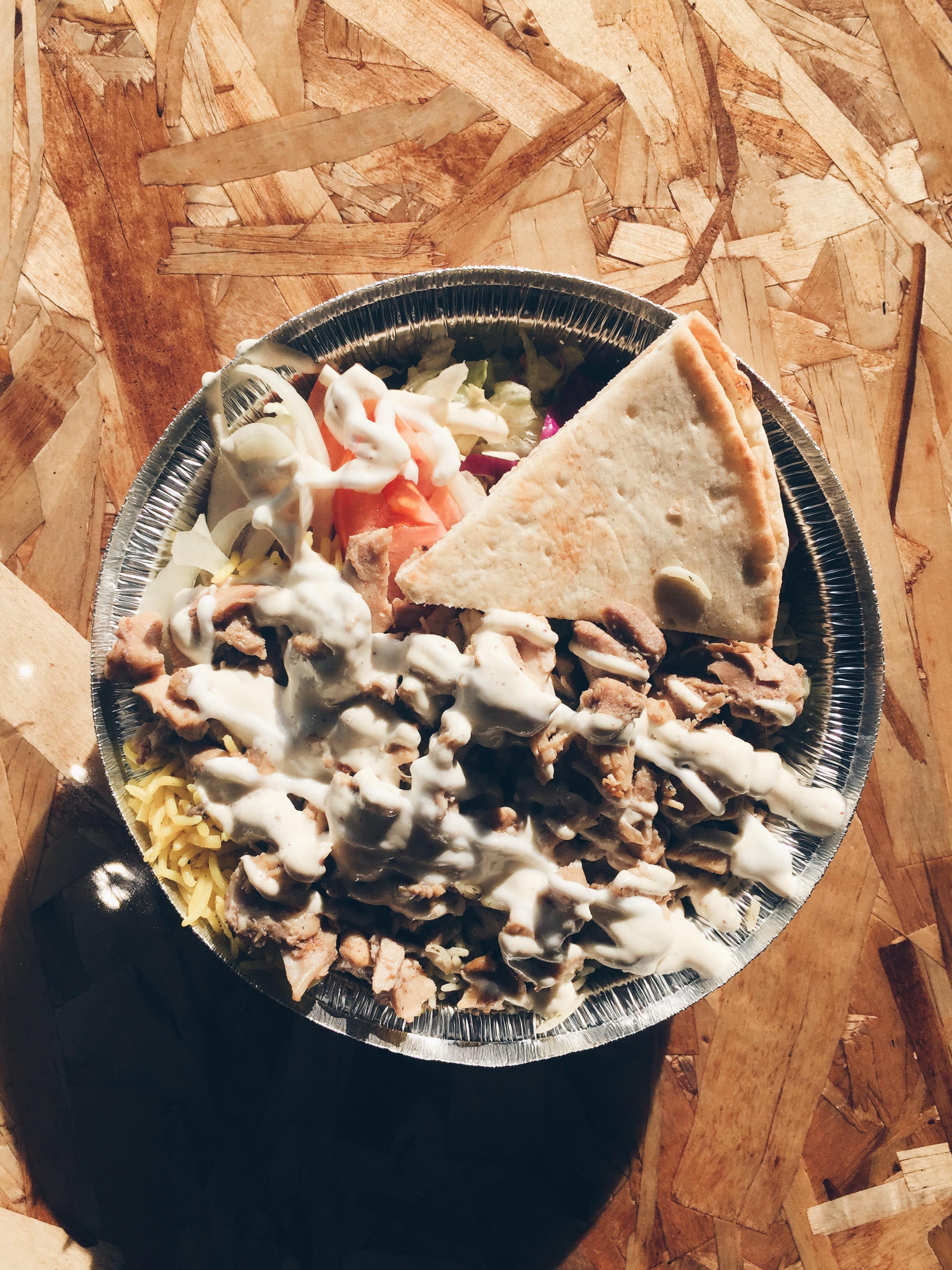 Jennifer et Ariane ont été au lancement du restaurant Over Rice à Laval.