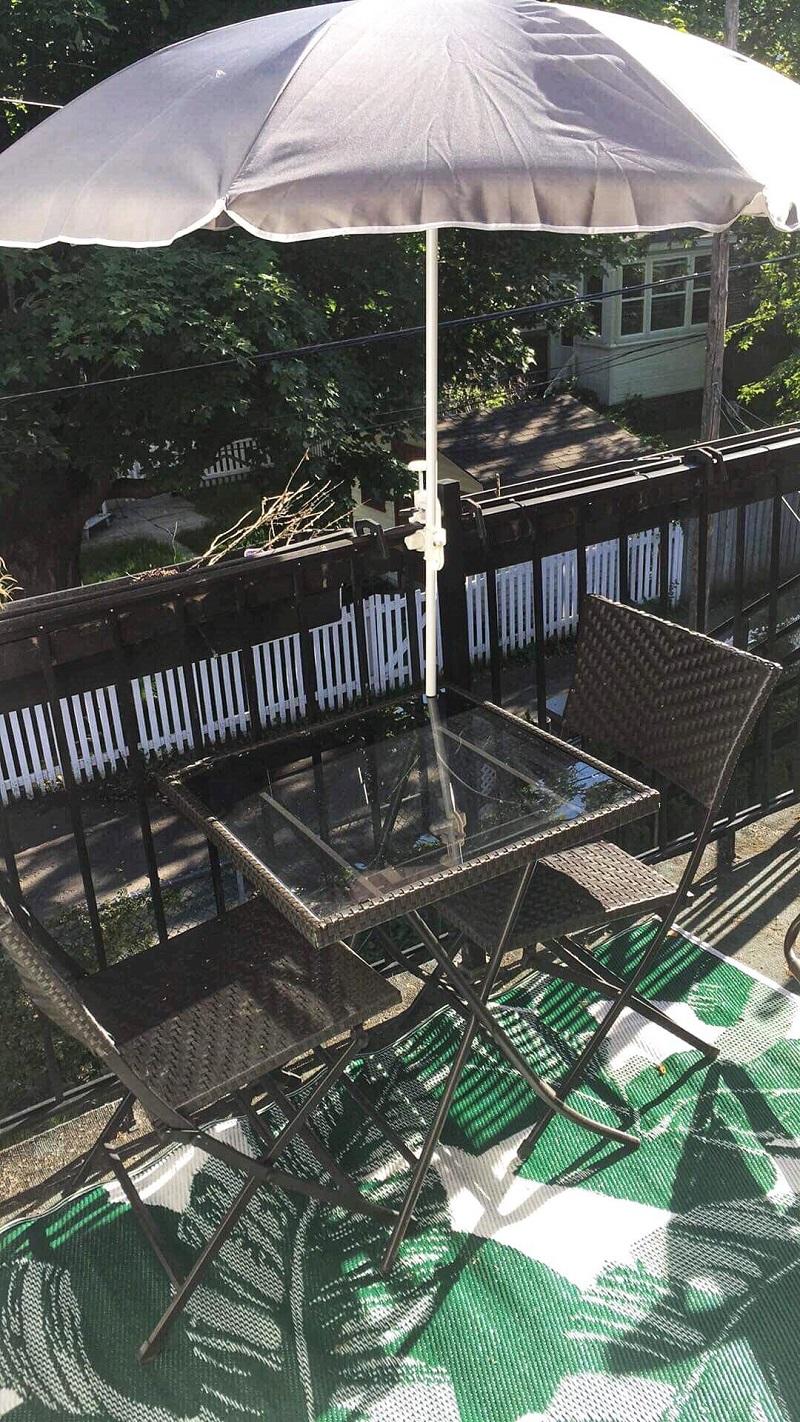 Sur la terrasse des fondatrices
